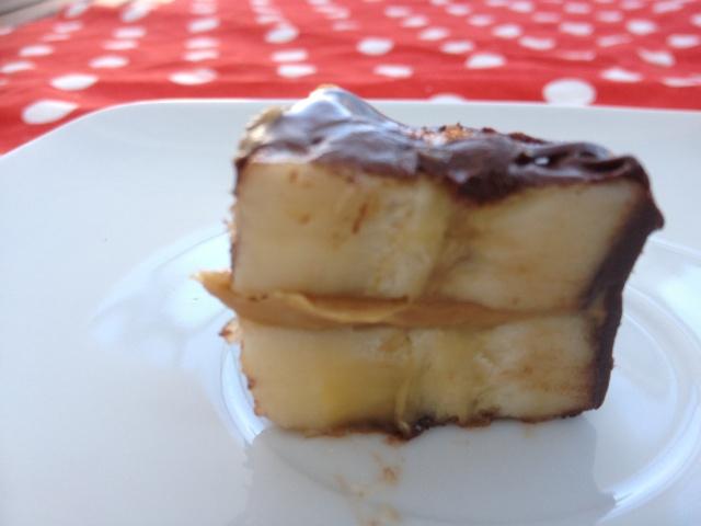Manteiga de amendoim, como fazer manteiga de amendoim, manteiga de amendoim caseira, receita de manteiga de amendoim, beneficios do amendoim, amendoim na dieta, sugestão de lanche, pasta de amendoim